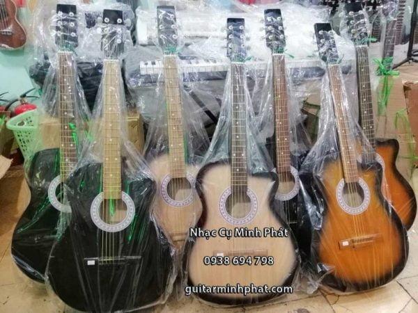 mua-dan-guitar-gia-re-quan-binh-tan-nhac-cu-minh-phat-1024×768