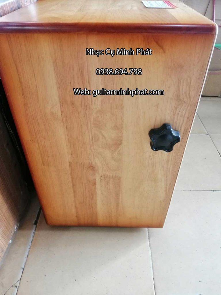 Trống cajon gỗ thông núm vặn dây snare - HÌnh ảnh chi tiết mặt bên của trống