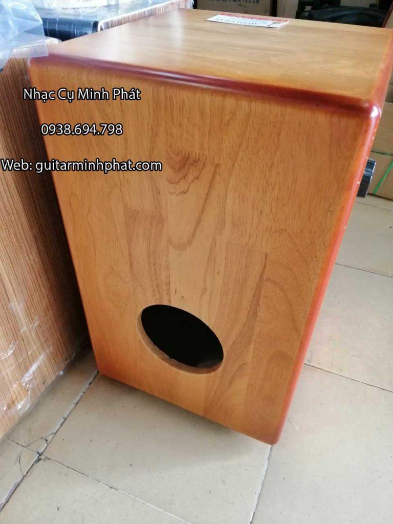 Trống cajon gỗ thông núm vặn dây snare - HÌnh ảnh chi tiết mặt sau của trống