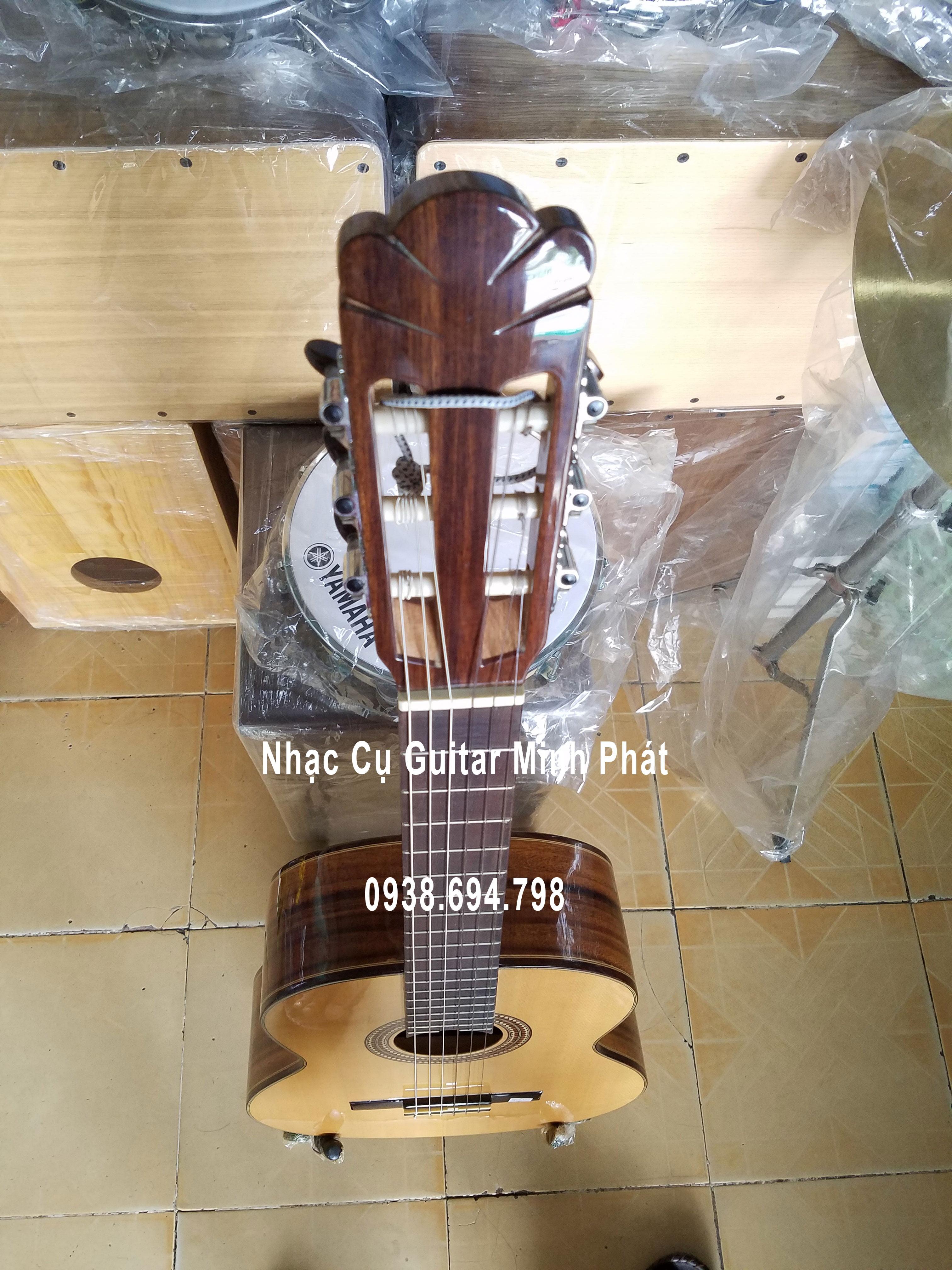Đàn guitar classic giá rẻ tại tphcm