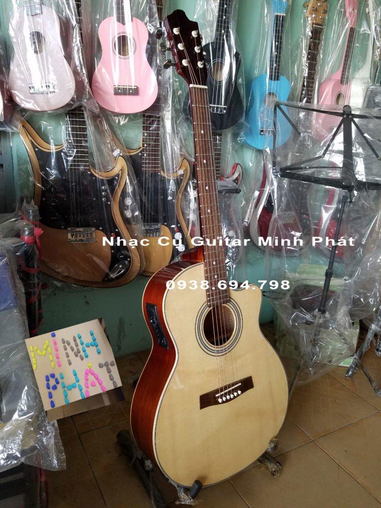 Bán đàn guitar giá rẻ