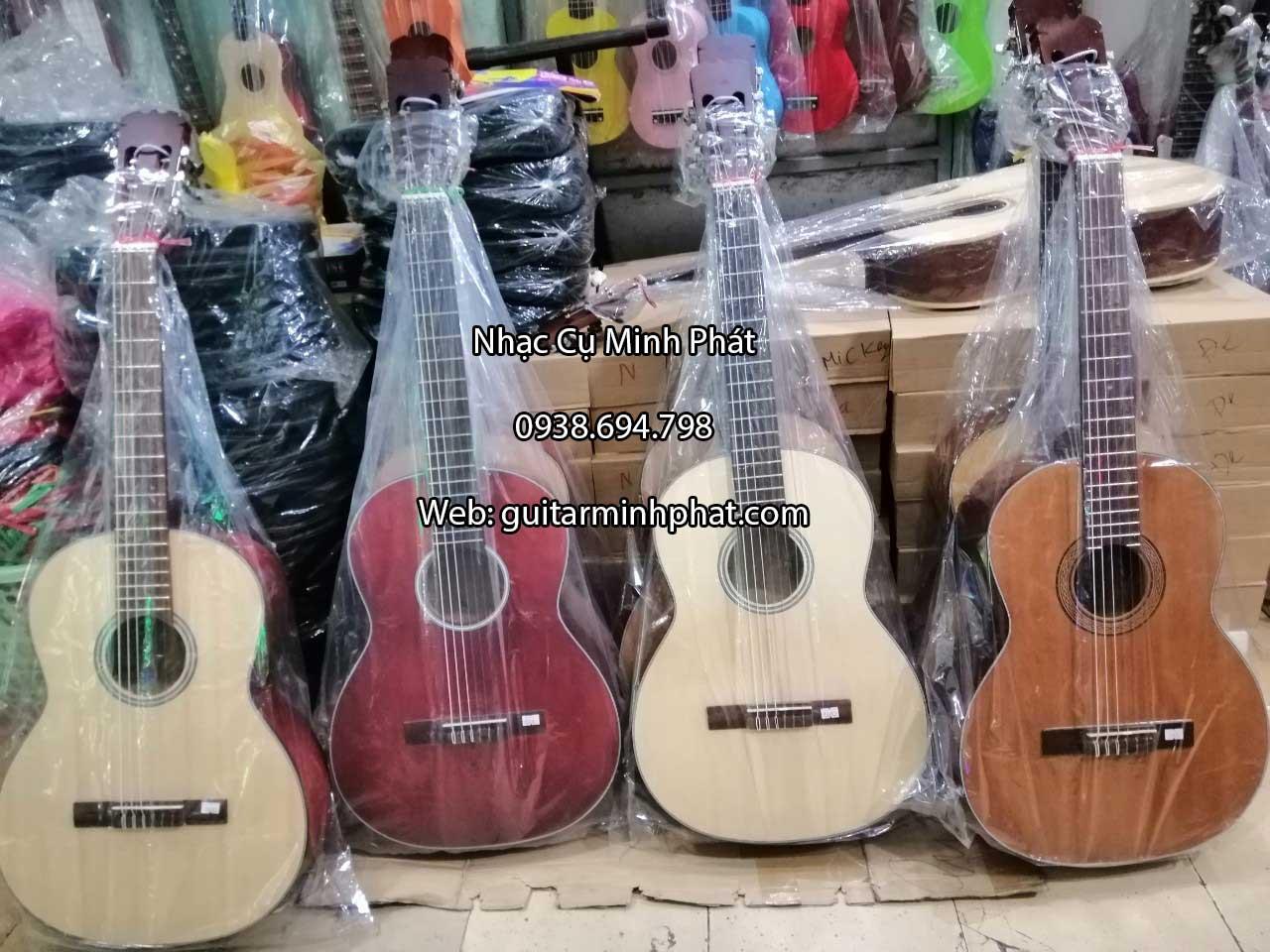 mua-dan-guitar-classic-cho-nguoi-moi-hoc-tphcm