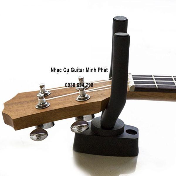 Giá-đỡ-đàn-guitar-treo-tường