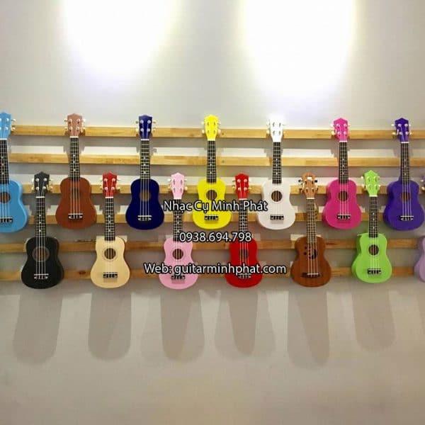 dan-ukulele-soprano-gia-re