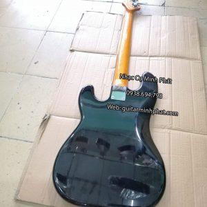 mat-lung-dan-guitar-bass-den-bong-dep