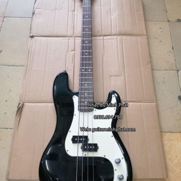 mua-dan-guitar-bass-gia-re-hcm