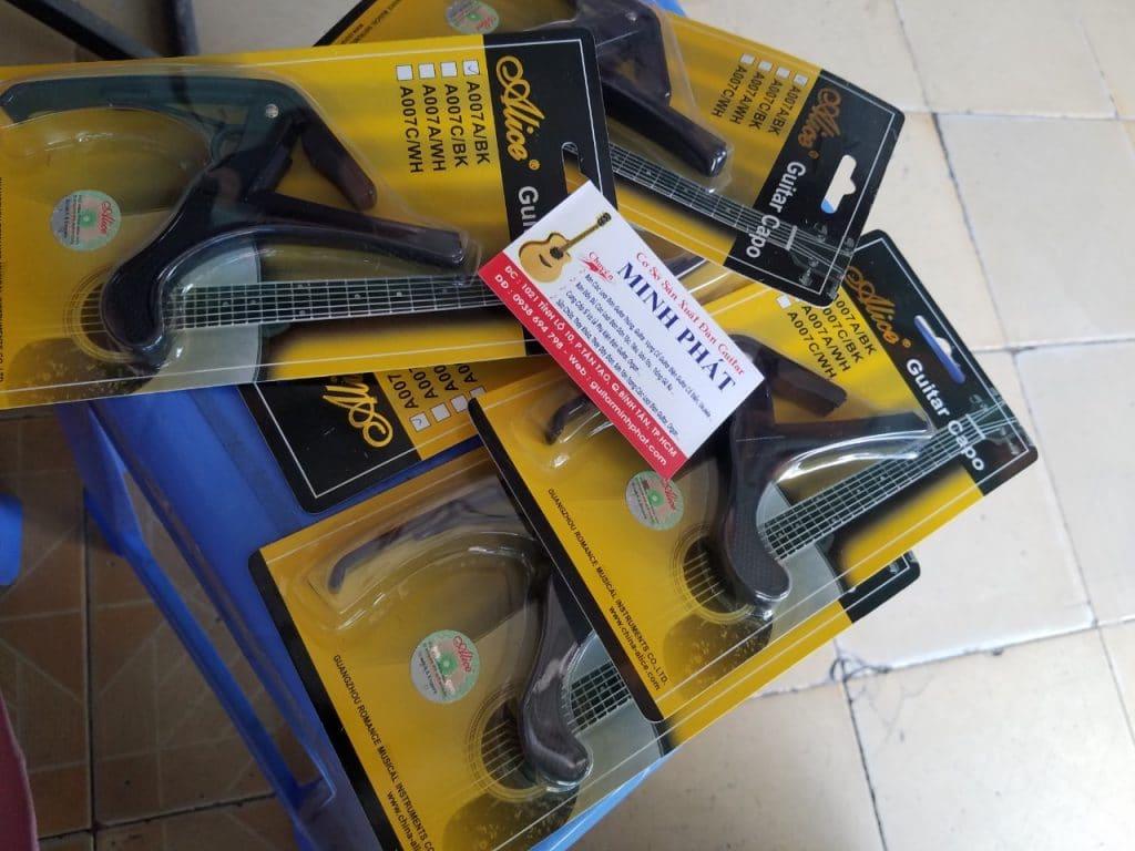 Capo guitar acoustic giá rẻ tphcm
