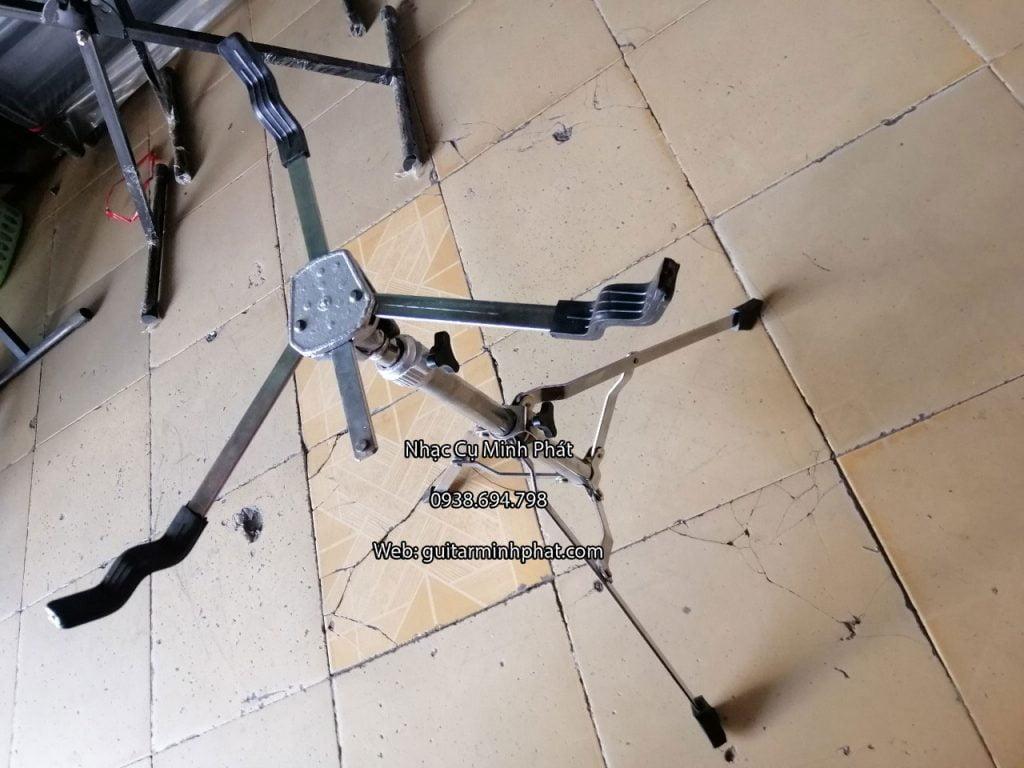 Chân trống Snare,chắc chắn,bền,giá hợp lý. Cam kết sản phẩm y hình. Bán chân snare giá rẻ tại tphcm - ship cod toàn quốc