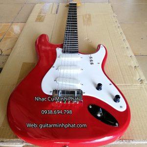 mua-dan-guitar-dien-vong-co-gia-re-mau-do (3)