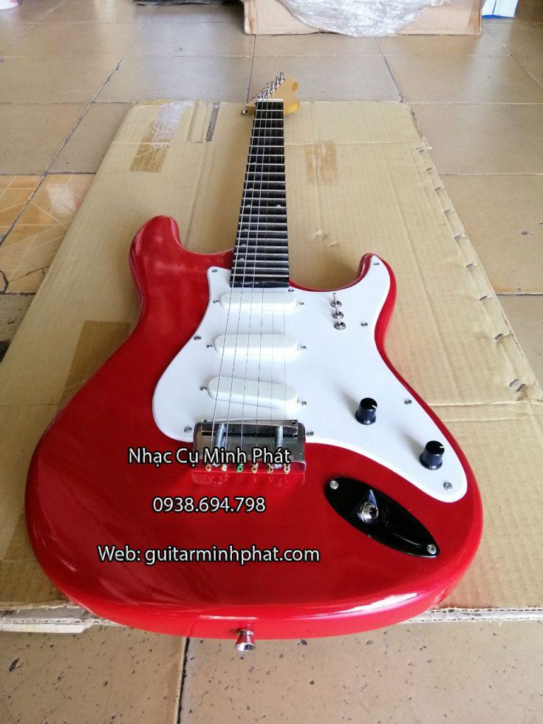 đàn guitar điện vọng cổ giá rẻ màu đỏ đẹp, mobin tốt , có ty chỉnh cần đàn được bán tại shop nhạc cụ minh phát