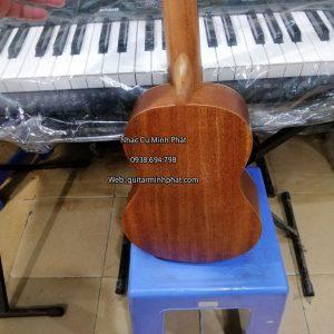 mua-dan-ukulele-tenor-o-tinh-lo-10-binh-tan (1)