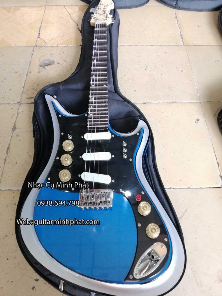 Mua đàn guitar điện tesco vọng cổ màu xanh - có ty chỉnh cần đàn - có octau ( tiếng đôi ) bộ nút chinh âm lượng thiêt kế độc đáo