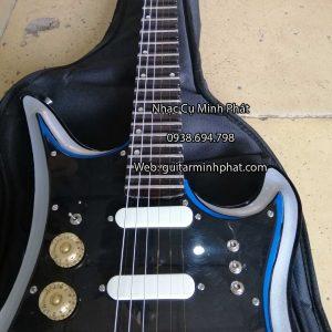 dan-guitar-dien-tesco-phim-lom-mau-xanh (5)
