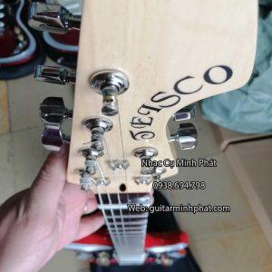 dan-guitar-dien-tesco-vong-co-mau-do (3)