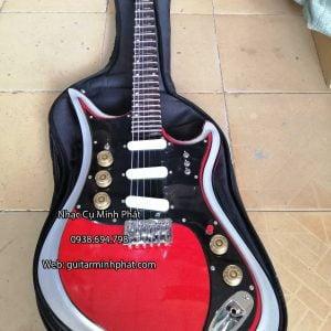 dan-guitar-dien-tesco-vong-co-mau-do (5)
