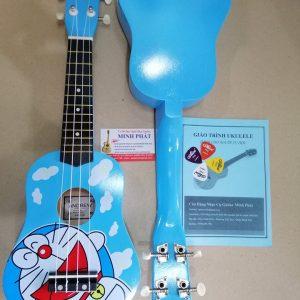 dan-ukulele-doremon-nhac-cu-binh-tan