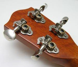 Khóa đàn ukulele