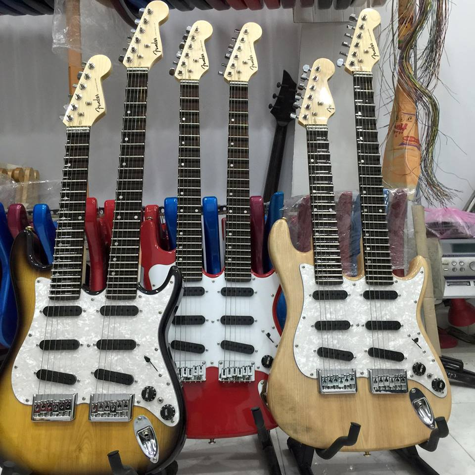cửa hàng nhạc cụ quận 5 - chuyên mua bán đàn guitar, guitar điện, guitar giá rẻ tại tphcm - nhạc cụ minh phát