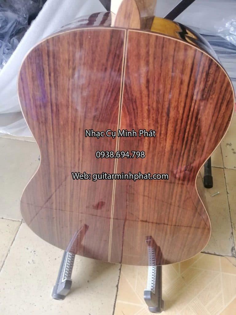 Hình ảnh chi tiết các góc cạnh của đàn guitar classic gỗ hồng đào - Nhạc Cụ Minh Phát