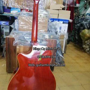 dan-guitar-acoustic-full-go-hong-dao-gia-re-nhac-cu-minh-phat-quan-binh-tan-(1)