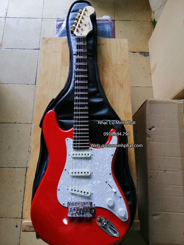 dan-guitar-dien-fender-phim-lom-mau-do (2)