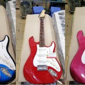 Cửa hàng chuyên đàn guitar điện phím lõm có cần nhúng giá rẻ tphcm