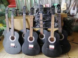 Đàn guitar classic cho người mới chơi