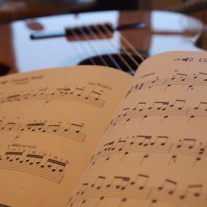 Sách, giáo trình, tài liệu học đàn Guitar A-Z