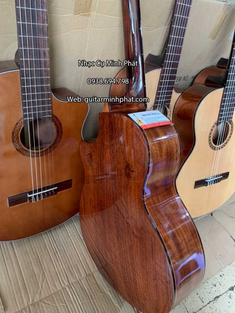Top những mẫu đàn guitar classic dáng khuyết gỗ hồng đào nguyên tấm giá rẻ