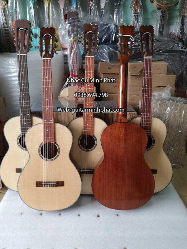 dan-guitar-classic-mini-3-4-go-nguyen-tam-gia-re (2)